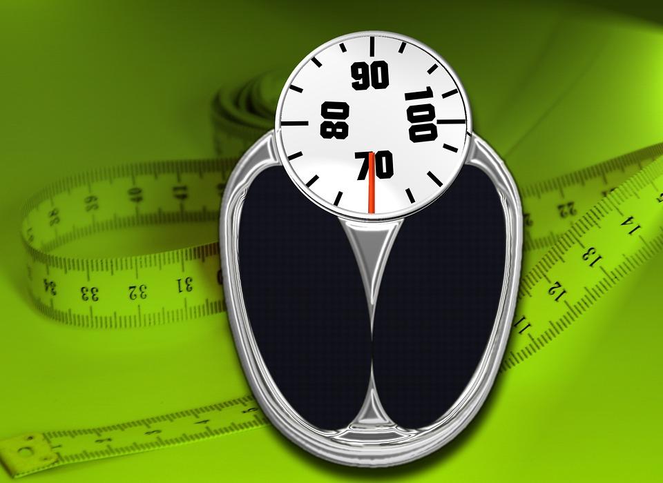Sụt cân hay tăng cân đều ảnh hưởng xạ trị