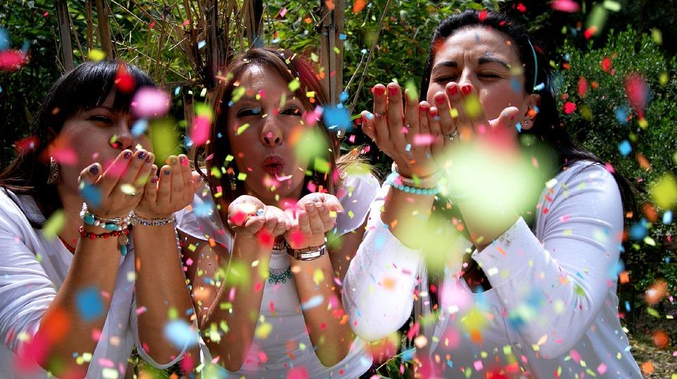 people 1230872 960 720 - Celebrating Our Common Femininity