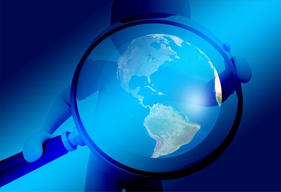 手, 虫眼鏡, 地球, グローブ, 調査, 分析, 検索, コントロール, 監視, スパイ, 諜報活動
