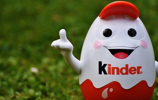 子供チョコレート, 子供, 卵, 貯金箱, おかしい, かわいい, 楽しい