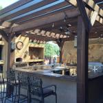 Designing a Desirable Outdoor Kitchen