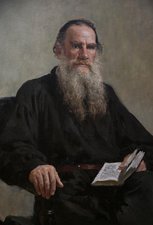 Tolstoï écrivain russe