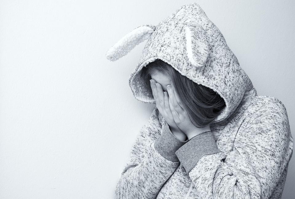 絶望的です, 悲しい, 押し下げられました, 泣く, 損失, 懸念, ティーンエイ ジャー, 絶望, うつ病