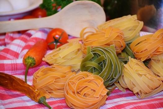 Tagliatelle, Pasta, Raw, Colorato, Cibo, Carboidrati