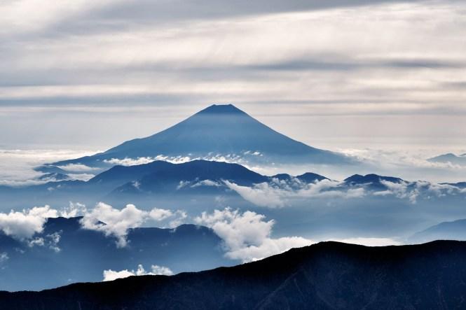 Mengagumi Gunung Fuji saat Liburan ke Jepang