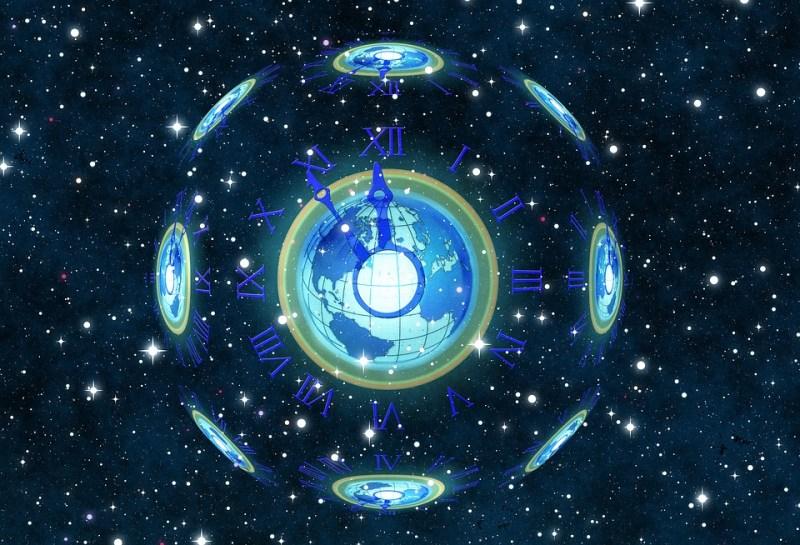 Reloj, 5 Vor 12, La Undécima Hora, Estrella, Universo