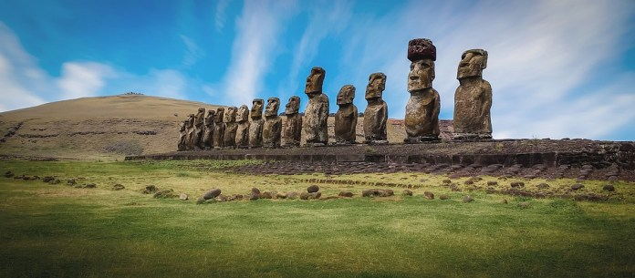 Rapa Nui, Isla De Pascua, Esculturas, Naturaleza