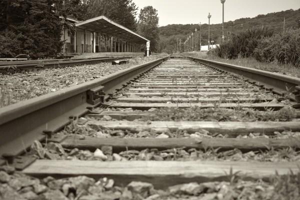 鉄道 線路 電車