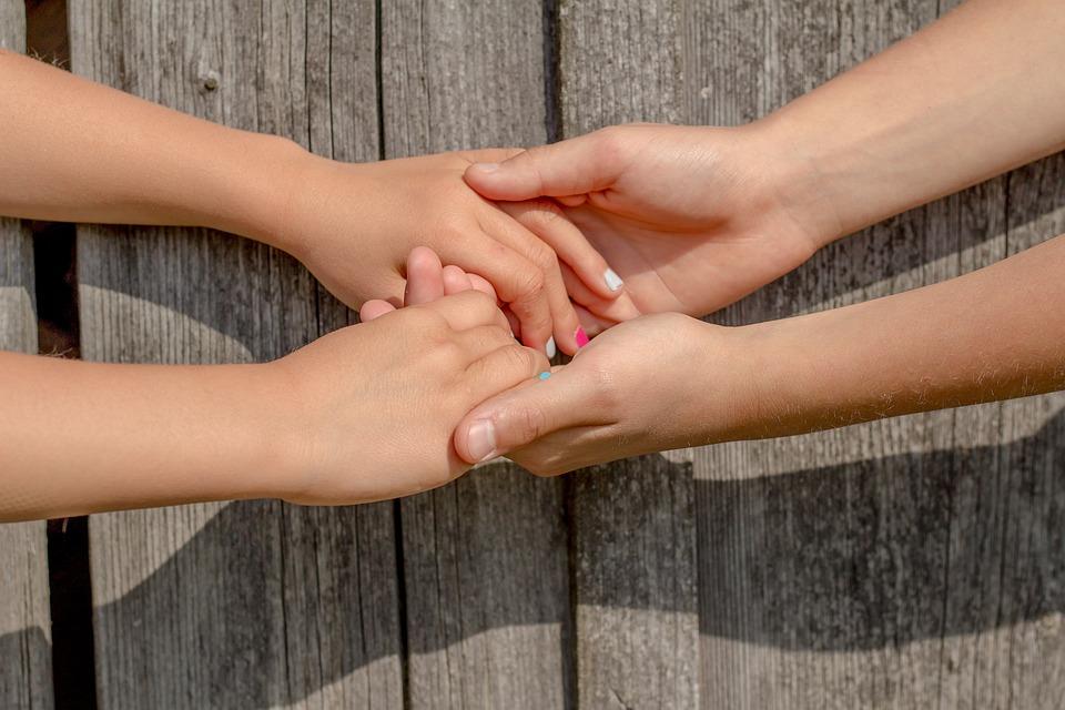 手, 友情, 友人, 子供, 楽しい, 幸福, 子, ハンドル, タッチ, 一緒に