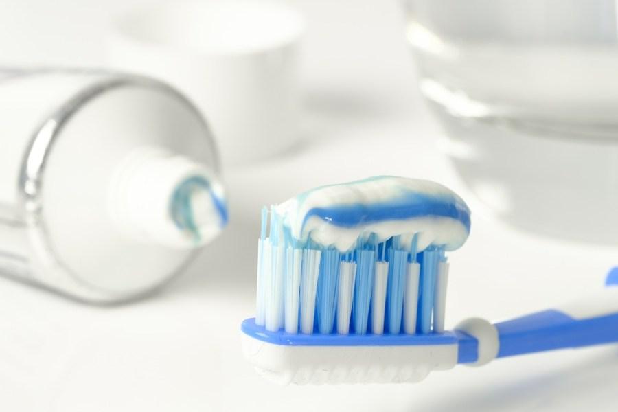 Zahnpasta, Zahnbürste, Zähne Putzen, Hygiene, Reinigen