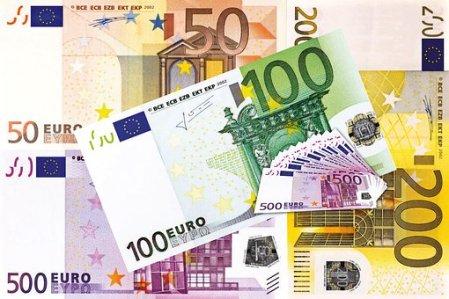 Kredit, Euro, Finanzierung, Puzzle Kredit und Kreditflatrate.