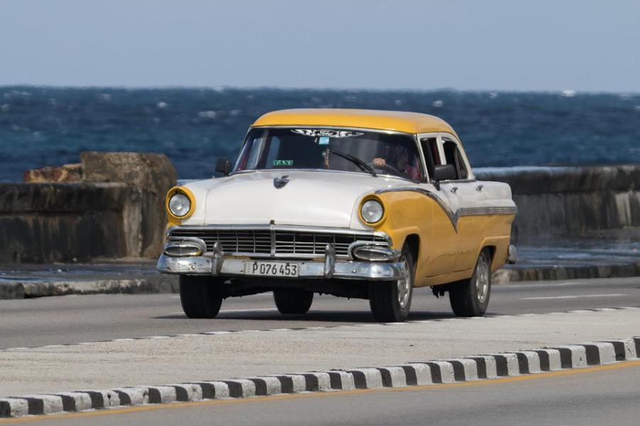 1955 ford cars » Ford Images      Pixabay      Download Free Pictures Cuba  Habana  Malec    n  Car  Classic