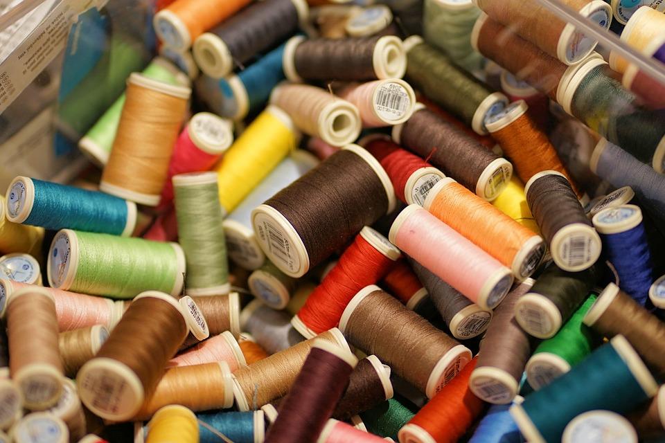 スレッド, 糸, 色, 縫う, バリエーション, コイル, 手作り, フォーム, カラフル, シュナイダー