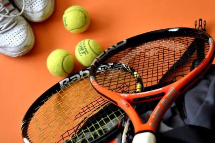 テニス, スポーツ, スポーツ機器, ラケット, テニスボール, レクリエーション, 健康, 運動