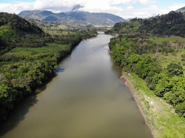 amazon river - second longest river in the world