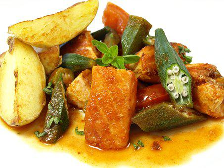 Laksegryte, サーモン, オクラ, 鍋料理