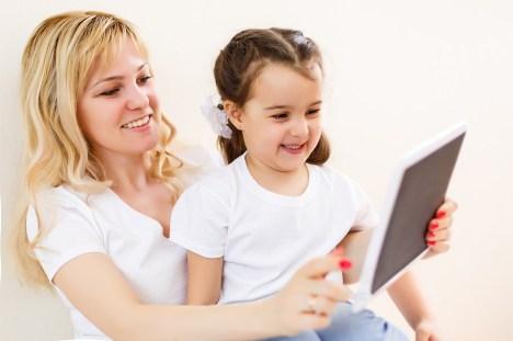 tecnologia na infância: o papel do adulto