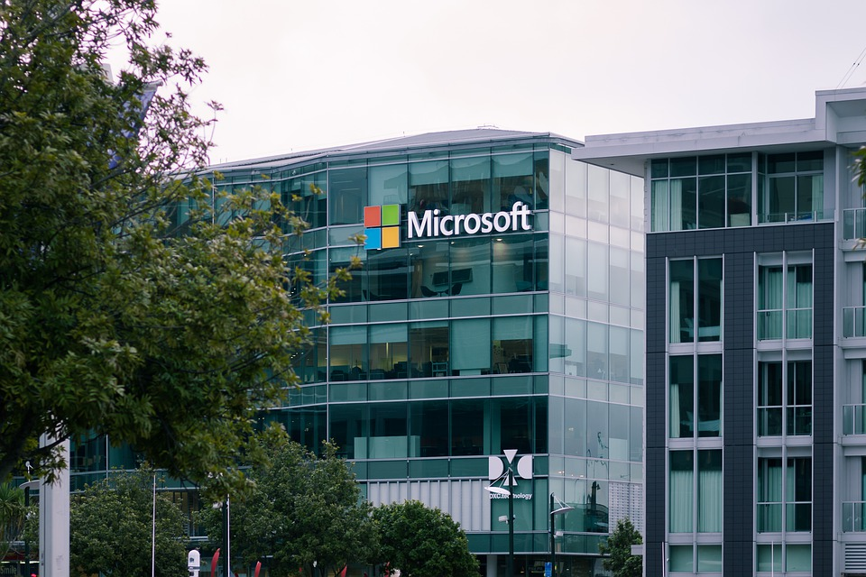 Microsoft laying off more staff in news team amid AI shift: Report