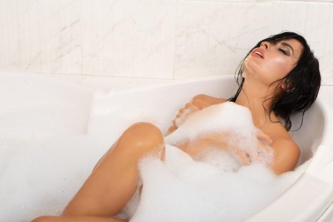 Model, Girl, Portrait, Bath Tub, Cosmetics, Bathing