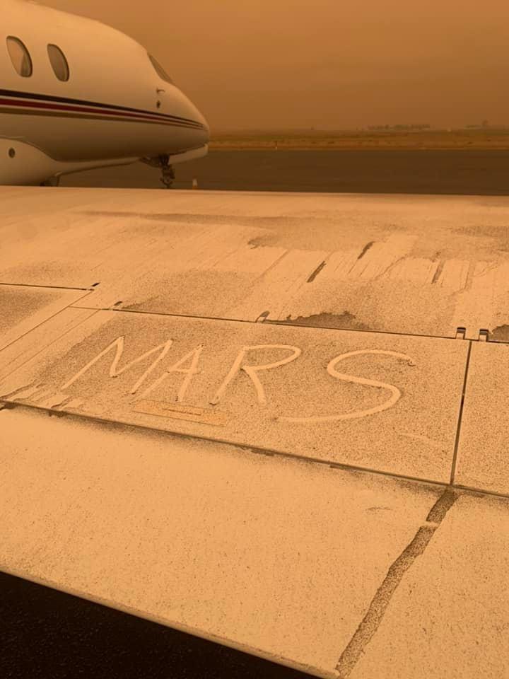 mars - Plane & Pilot Photo Of The Week For September 18, 2020: Martian Citation?