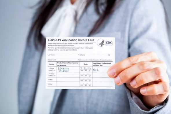 vaccination results 640x427 - Survey Results: Vaccinations At Aviation Events Polarize Aviation