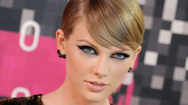 Masalah Beruntun Menimpa Taylor Swift