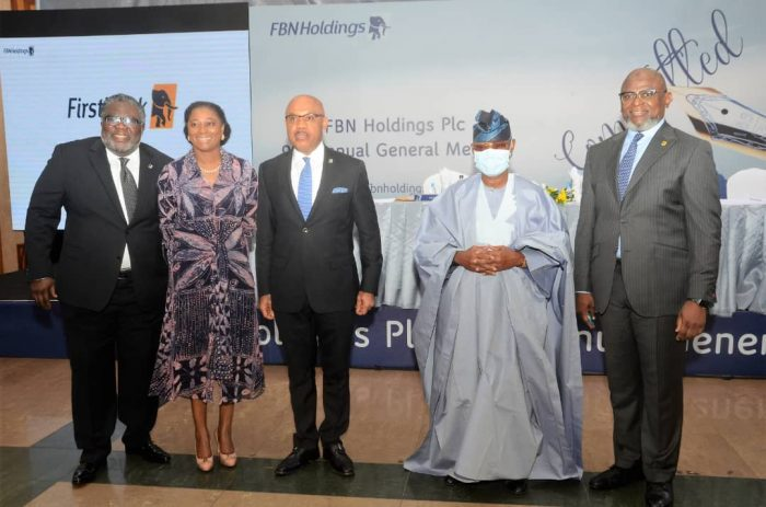 Valedictory photo: Adeduntan, right with other officials of FBN Holdings on Tuesday
