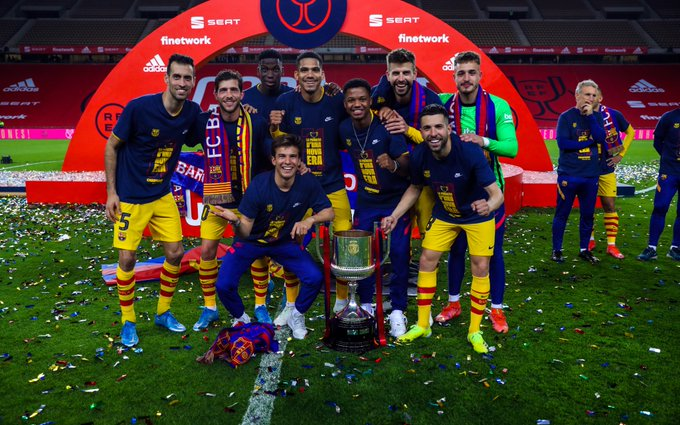 Champions for 31st time: barcelona team with the Copa del Rey