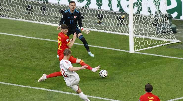 Denmark crush Wales to reach Euro 2020 quarter-final