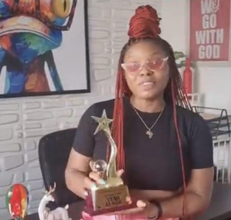 Yemi Alade wins United DJ's in Africa award