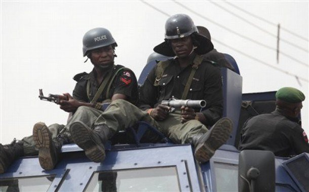 Gun duel in Edo: Police dislodge kidnappers' barricade, shoot one dead