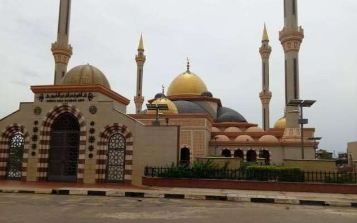 Osun government reopens Inisha Central Mosque