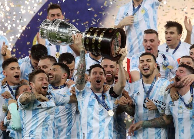 Lionel Messi and Argentina team mates celebrate Copa America victory