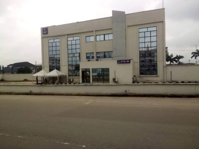 Polaris and Sterling bank in Wetheral Road, Owerri; all closed for business