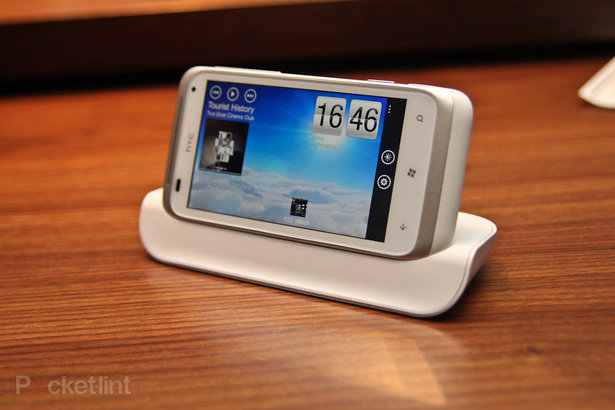 First Look: HTC Radar  . Phones, Windows Phone 7, HTC, HTC Radar, First Look,  14