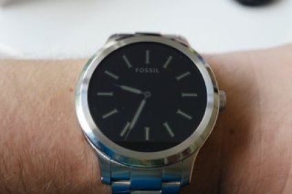 review image of the founder of fossil q 6