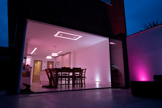 what philips hue smart bulbs are there and which should you buy image 2