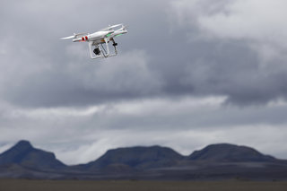 Drone Flying In The Uk And Us Rules And Regulations Explained
