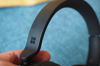 Microsoft Surface Headphones 2 review photo 5