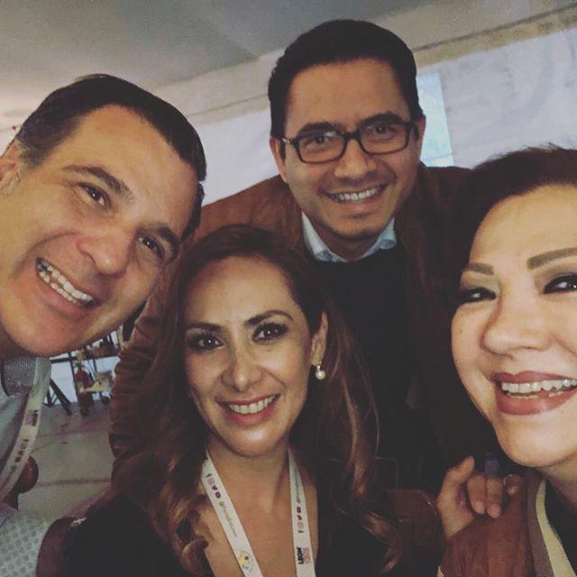 El jefe de gabiente y sus amigos. Fotos: Instagram