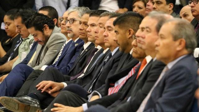 En primera fila estuvieron Oliva, Márquez y Diego Sinhue. Fotografía Juan José Plascencia