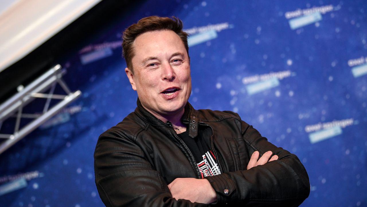 Top Nachrichten Tesla Chef Elon Musk schließt eine Fusion mit anderen Fahrzeugherstellern nicht aus 2 min read  5 Tagen ago  Adelbert Otto