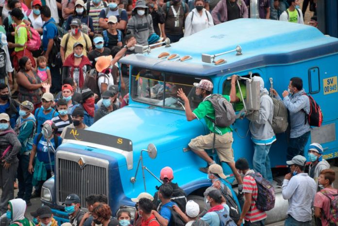 Guatemala's security forces are trying to stop the migrants