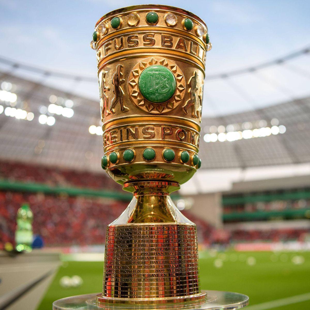 https www spiegel de sport fussball der fc bayern muss nach kiel braunschweig empfaengt borussia dortmund a d3b0d1d0 fc3e 428f 9f22 02edc7ea0432