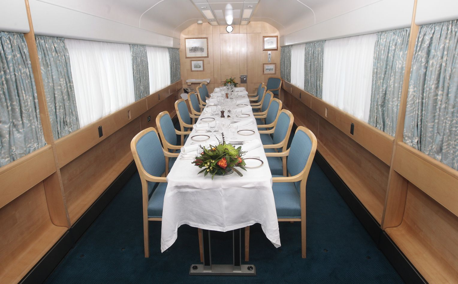 Royal Train Zug Von Queen Elizabeth Ii Ist Sehr Teuer Der Spiegel