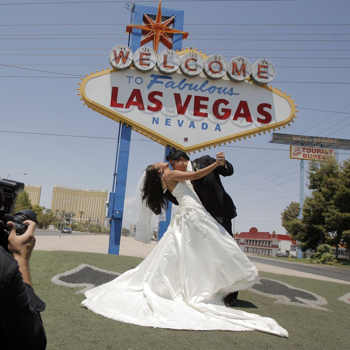 Eine Las Vegas Hochzeit Im Vintagestil