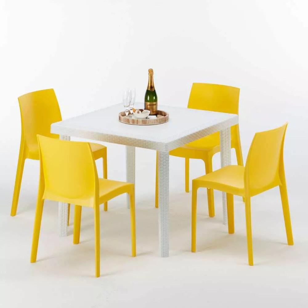 table carree blanche 90x90cm avec 4 chaises colorees grand soleil set exterieur bar cafe rome love