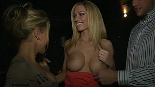Pretty girl sucking big cock_in the VIP Preview Image