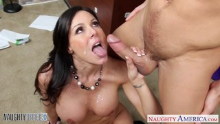 Hottie brunette Kendra Lust fucking in the office Preview Image