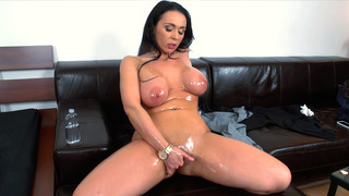 Amateur whore Sandra fingering her oiled cunt Preview Image